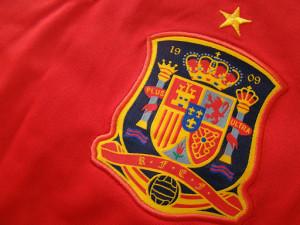 Em menos de uma década a camisa espanhola adquiriu respeito. imagem de vencedora e conceito de futebol.