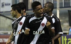 André marcou gol diante do Inter e pede reação aos torcedores. Resta saber se o triunfo foi um fato isolado ou os cariocas vão entrar em nova fase.