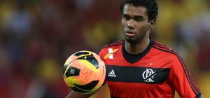 O garoto Luiz Antonio deu show de bola. Cria da casa sentiu gostinho especial na conquista.