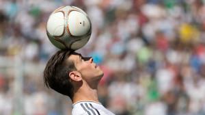 O galês Bale de apenas 24 anos vale 100 milhões de euro. A Europa produz craques. E o Brasil?