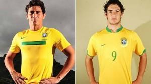 E pensar que há três anos os dois eram nomes certos para esta Copa. Brasil perdeu talento e técnica.