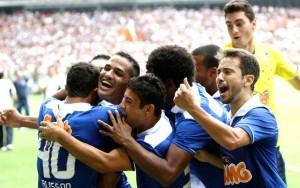 O craque Everton Ribeiro faz a diferença, além do Cruzeiro ter um time diferenciado.