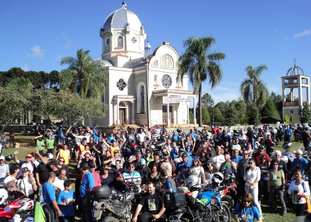 Sucesso total no XI Encontro XT 600. Motociclistas de todo o Brasil em Prudentópolis no Paraná.