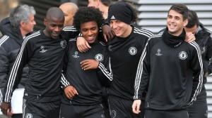 Ramirez, Willian, David Luis e Oscar jogam no Chelsea. Entrosamento pode ser útil a Felipão para arrumar meia-cancha brasileira.